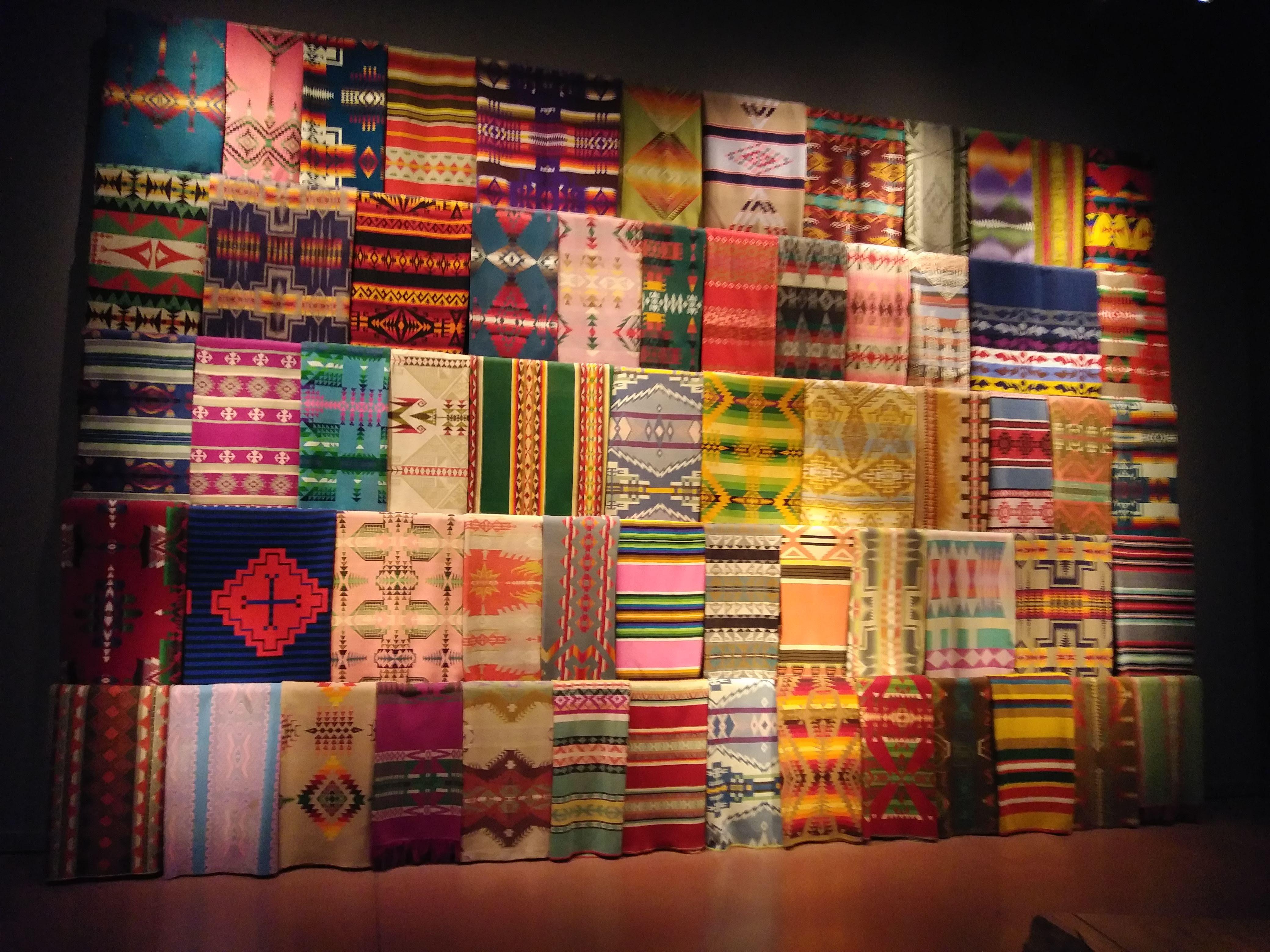 印第安人納瓦霍族 (Navajo) 的毛毯