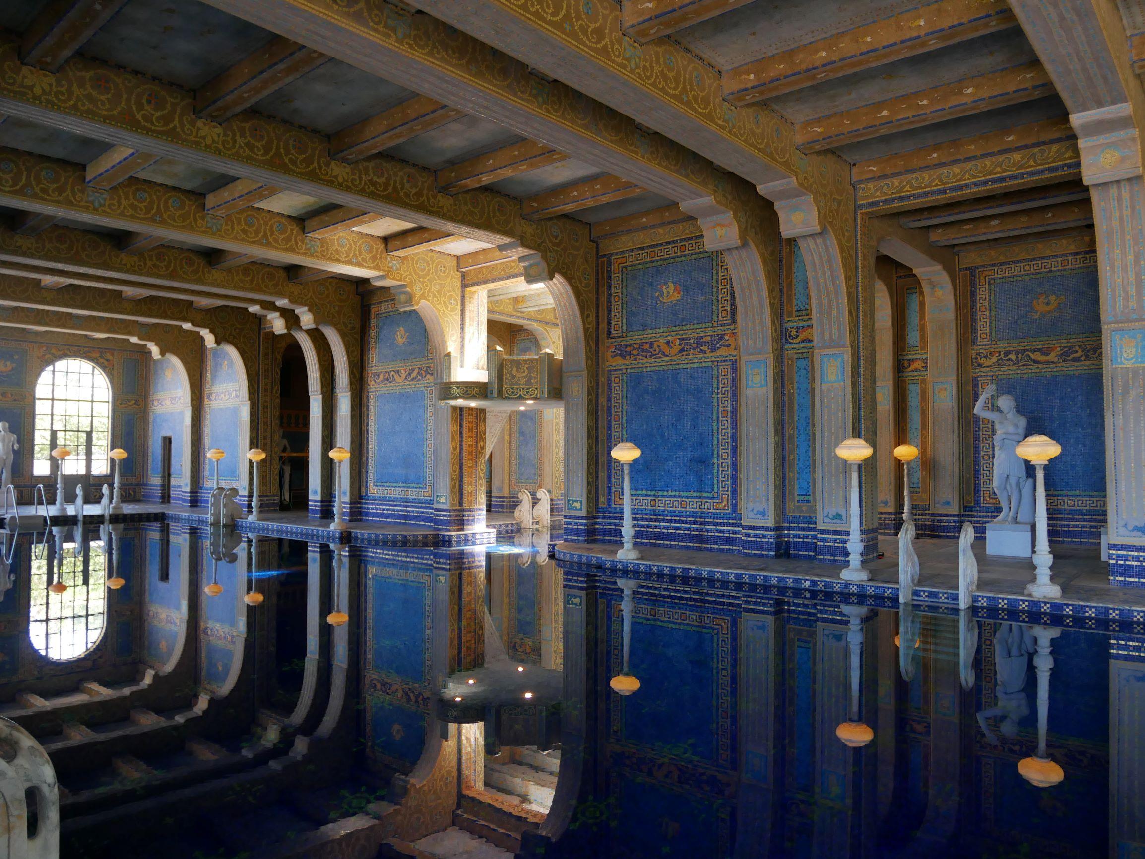 令人屏息的羅馬泳池