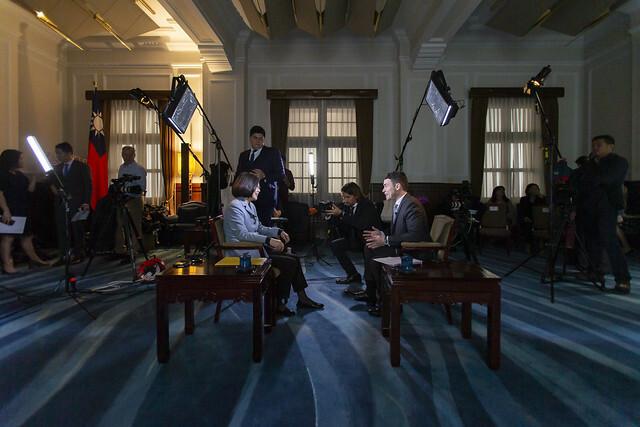 總統接受「美國有線電視新聞網」(CNN) 專訪照片取自總統府網站