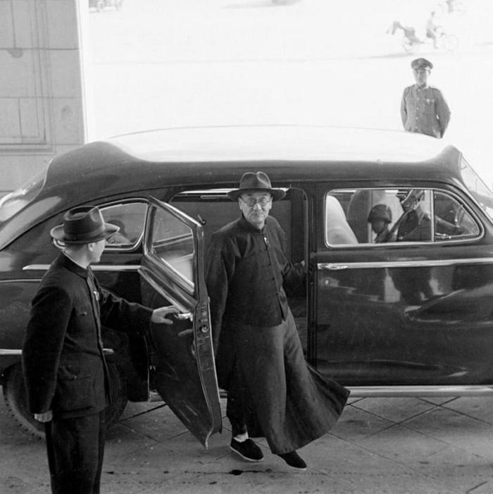 閻錫山攝於任行政院長時期前後,約1950年 引自wiki