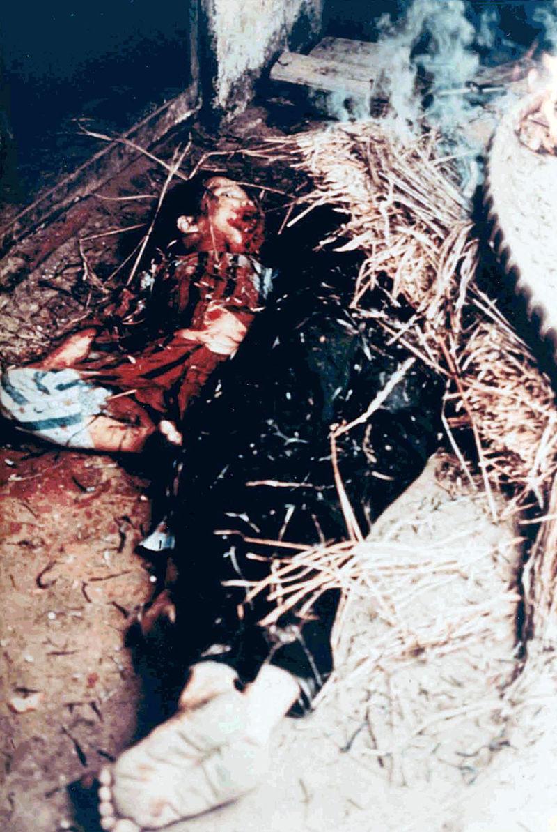 被美軍屠殺的屍體照片